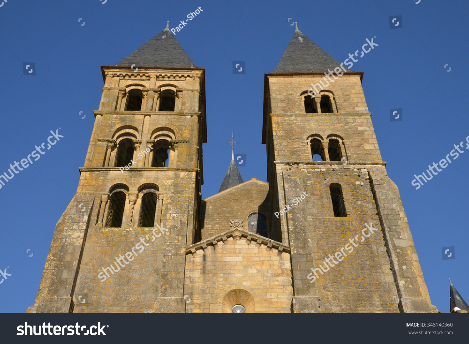 Architecte Paray Le Monial bourgogne picturesque basilica paray le monial stock photo
