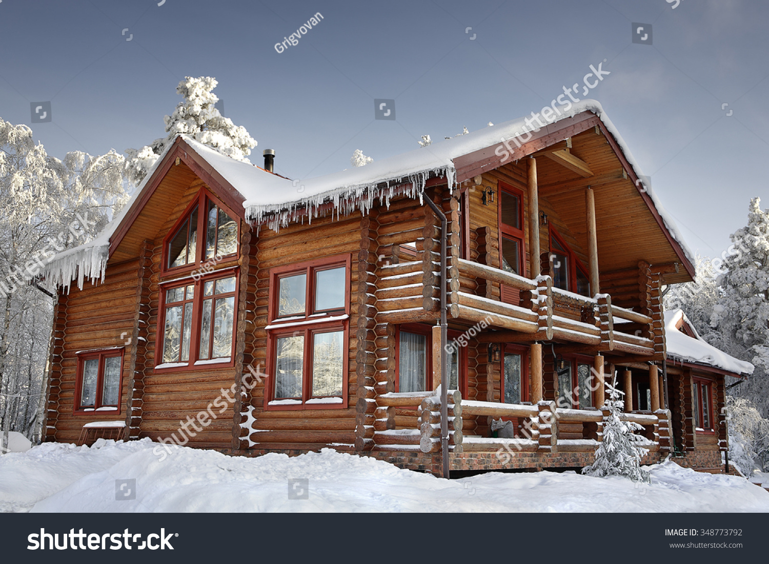 Log cabin large windows balcony porch stock photo for Windows for log cabins