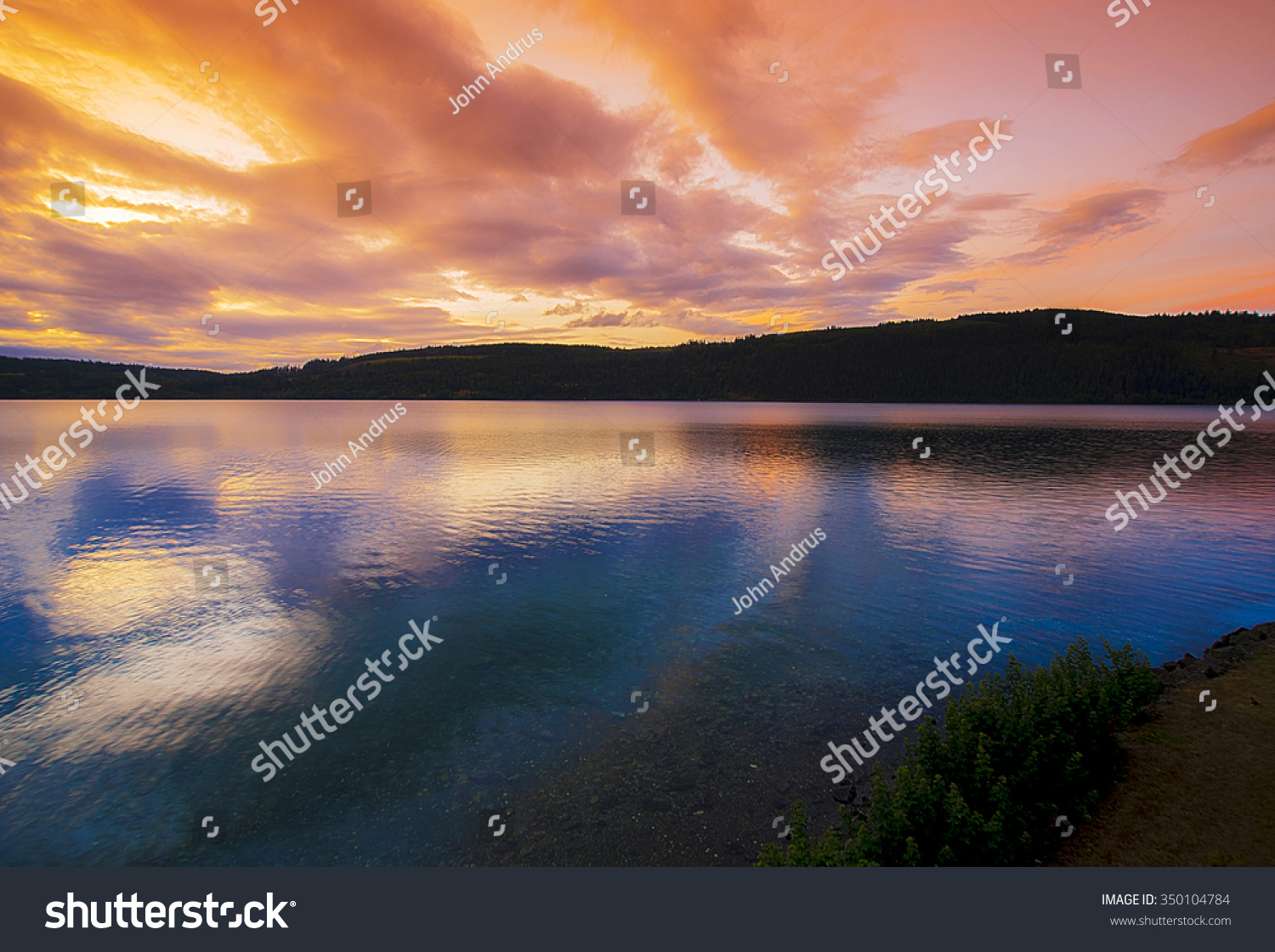 Sunrise Discovery Bay Washington Showing Silhouetted Stock Photo Edit Now 350104784