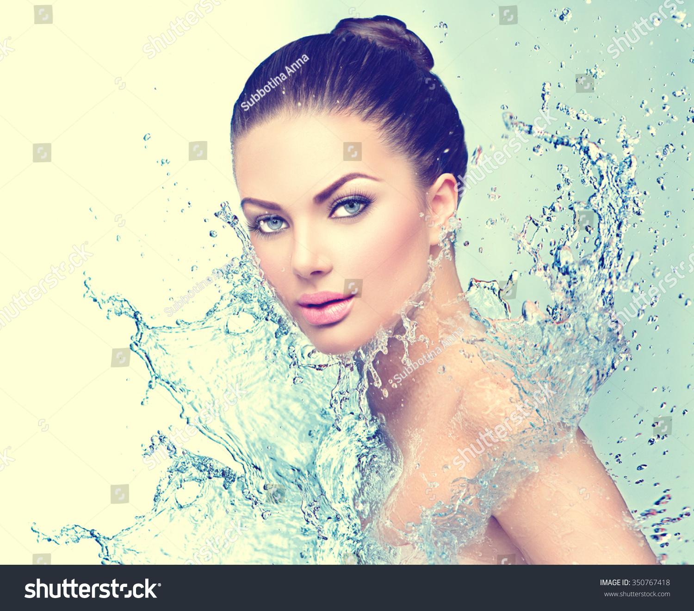 Models Salons : Beautiful model spa woman splashes water stock photo