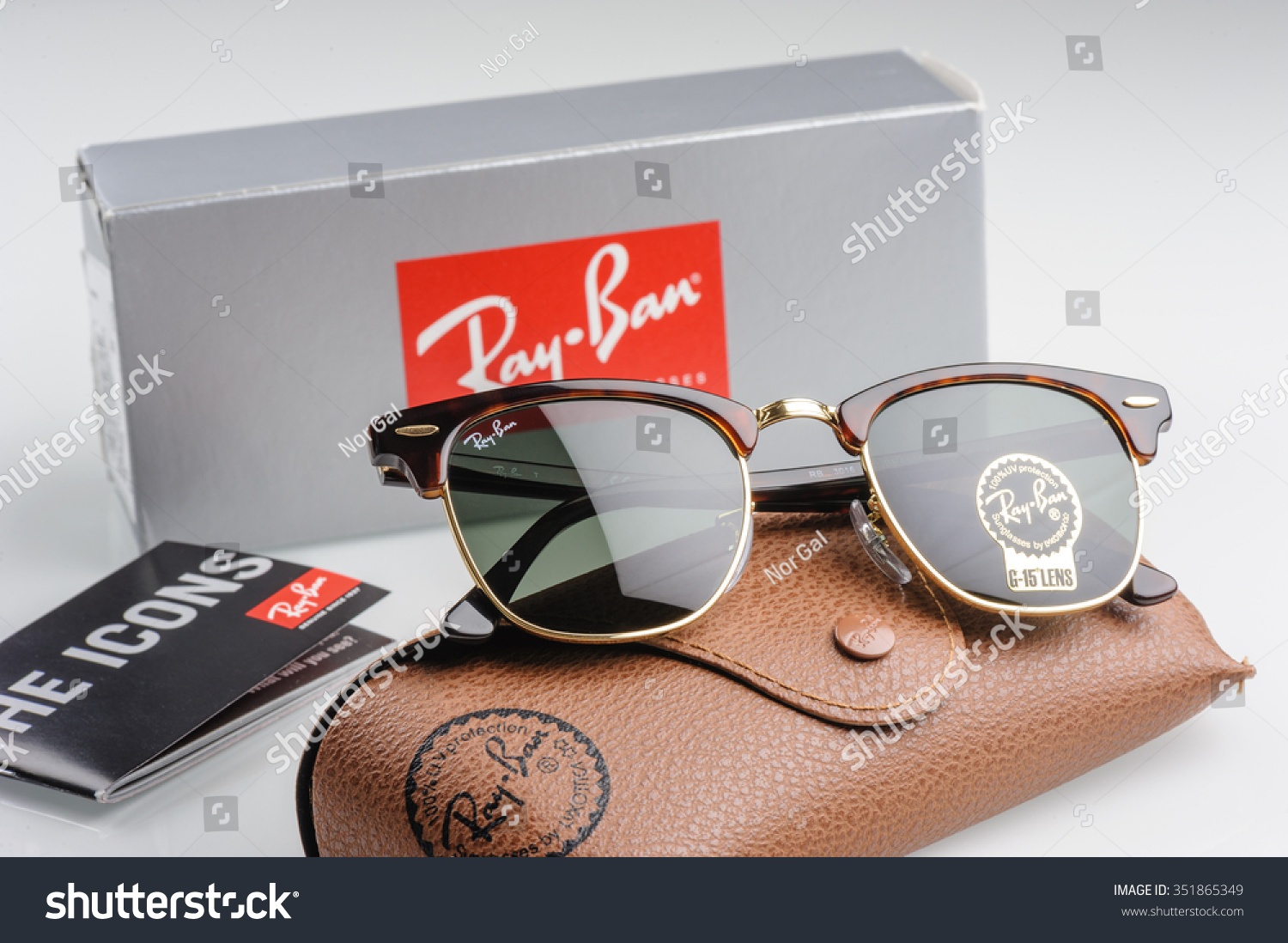 17972a155b2 ... clubmaster classic black sun d4836 e036c  good bangkok thailand  december 16 2015 the ray ban club master rb3016 8e95d 8a477