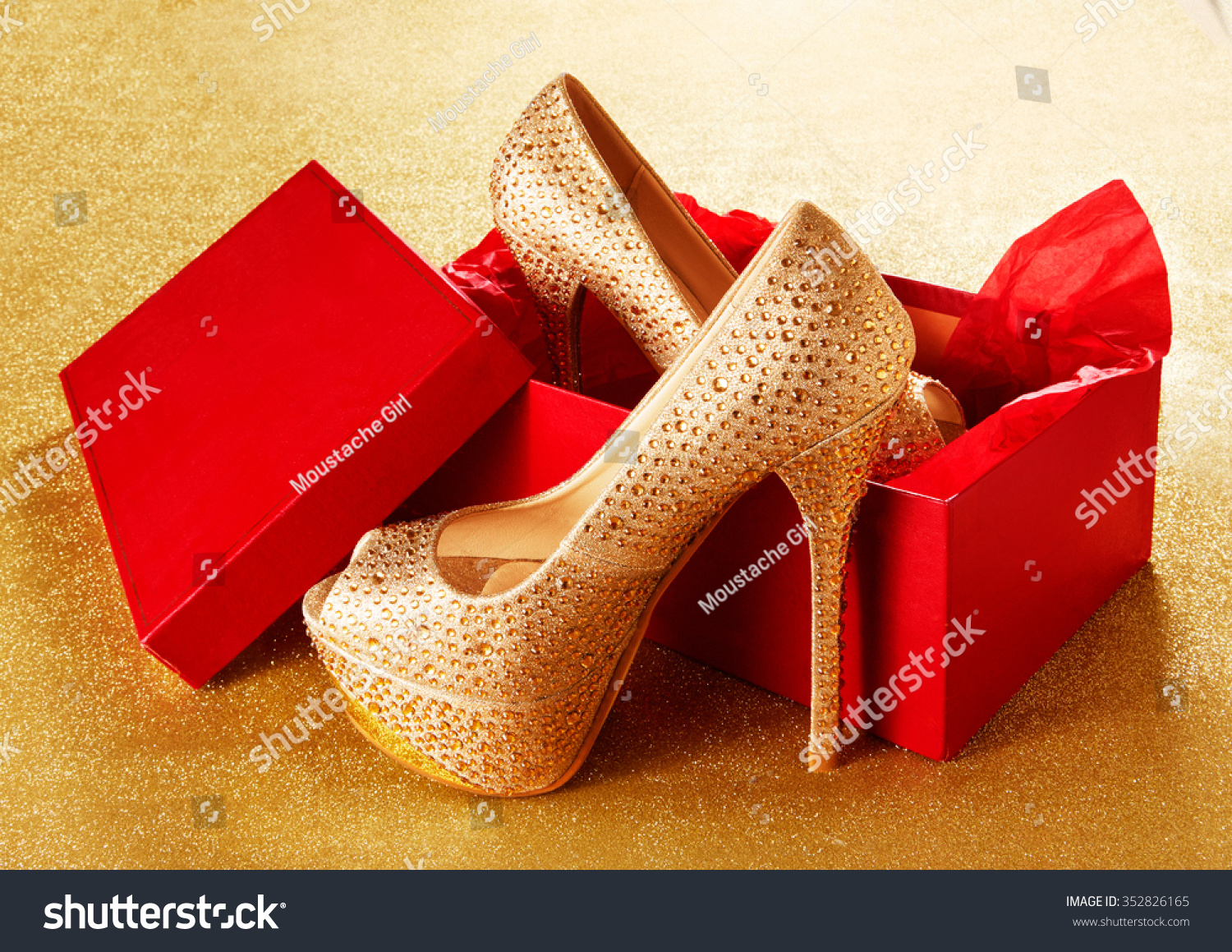 Red Shoes Gold Heel