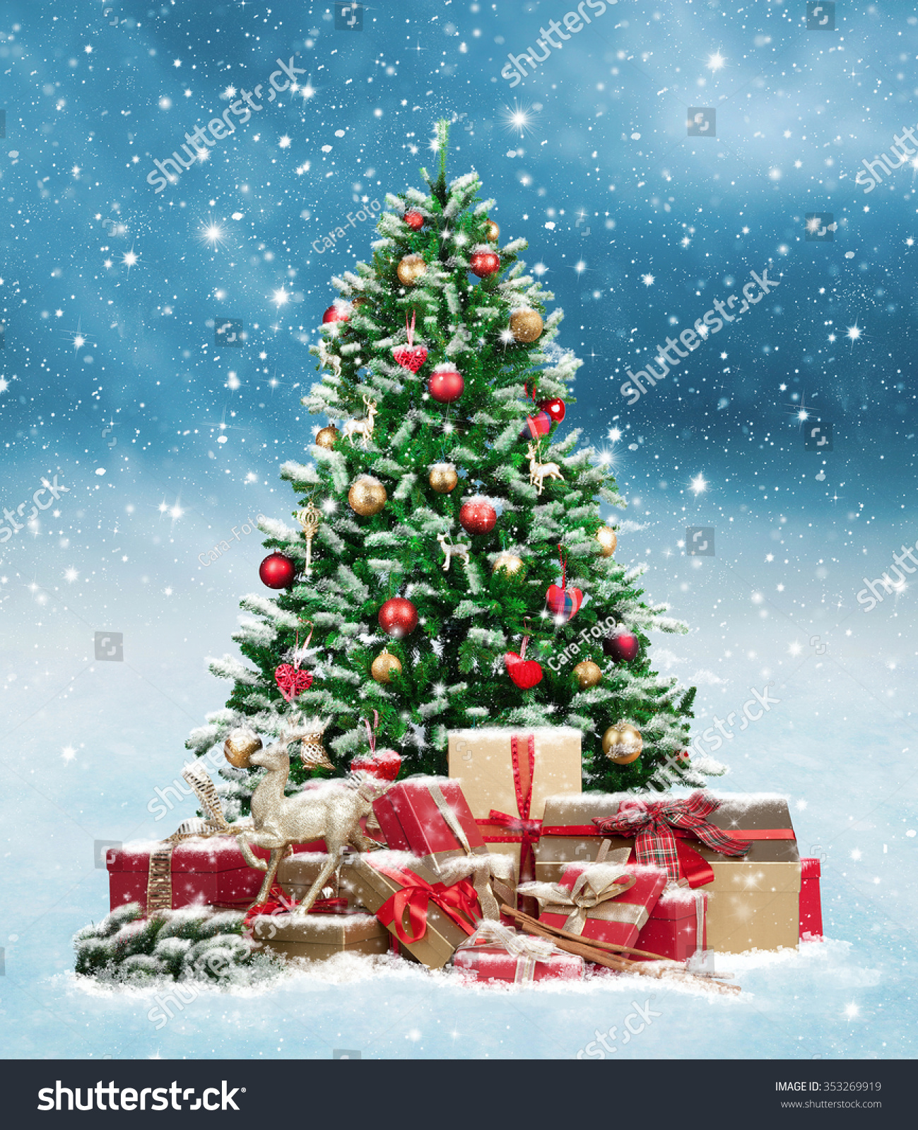 Beautiful Christmas Tree Many Present Boxes Stock Photo (Edit Now ...