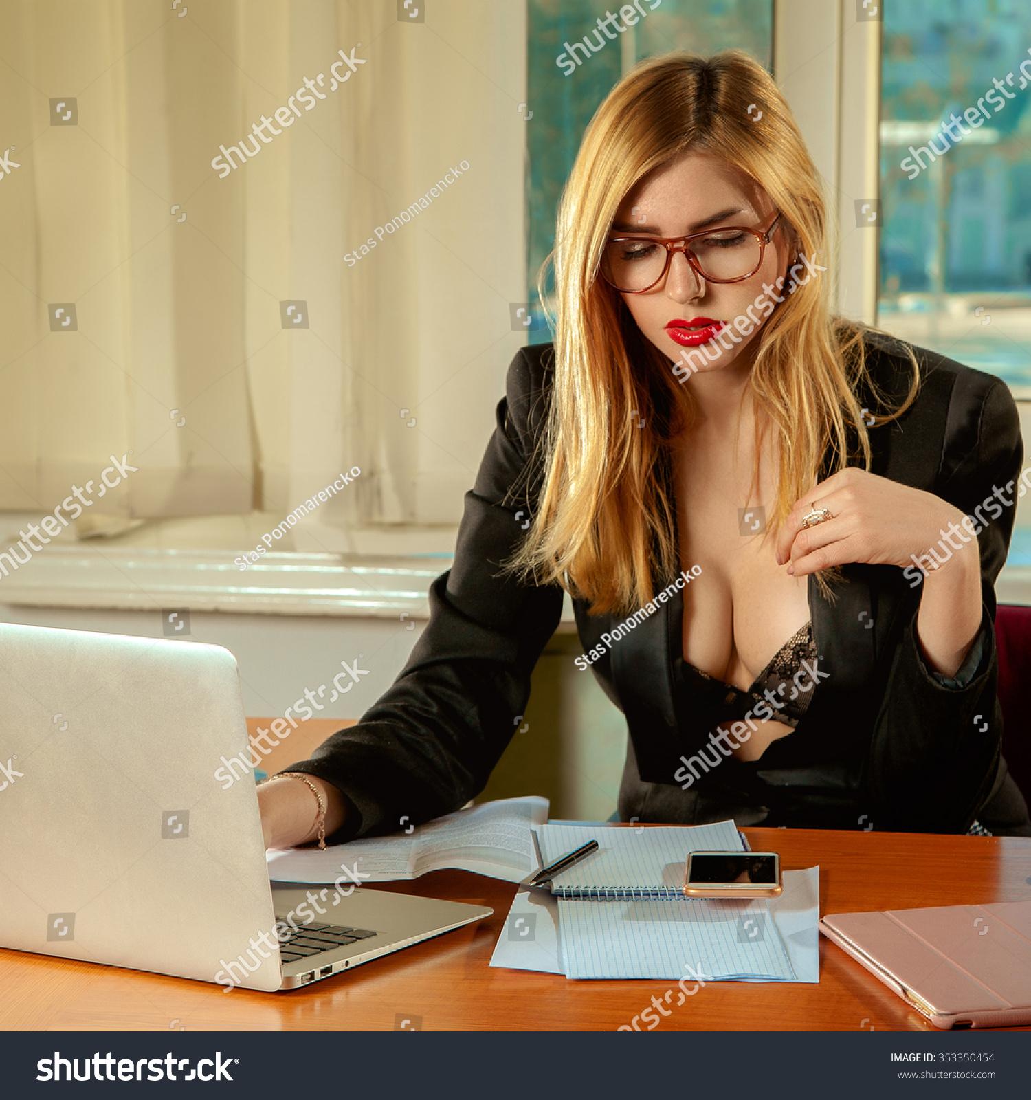 office sexy pics blowjob ex girlfriend