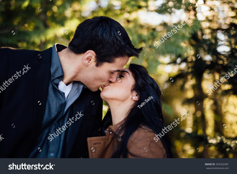 sunny kiss