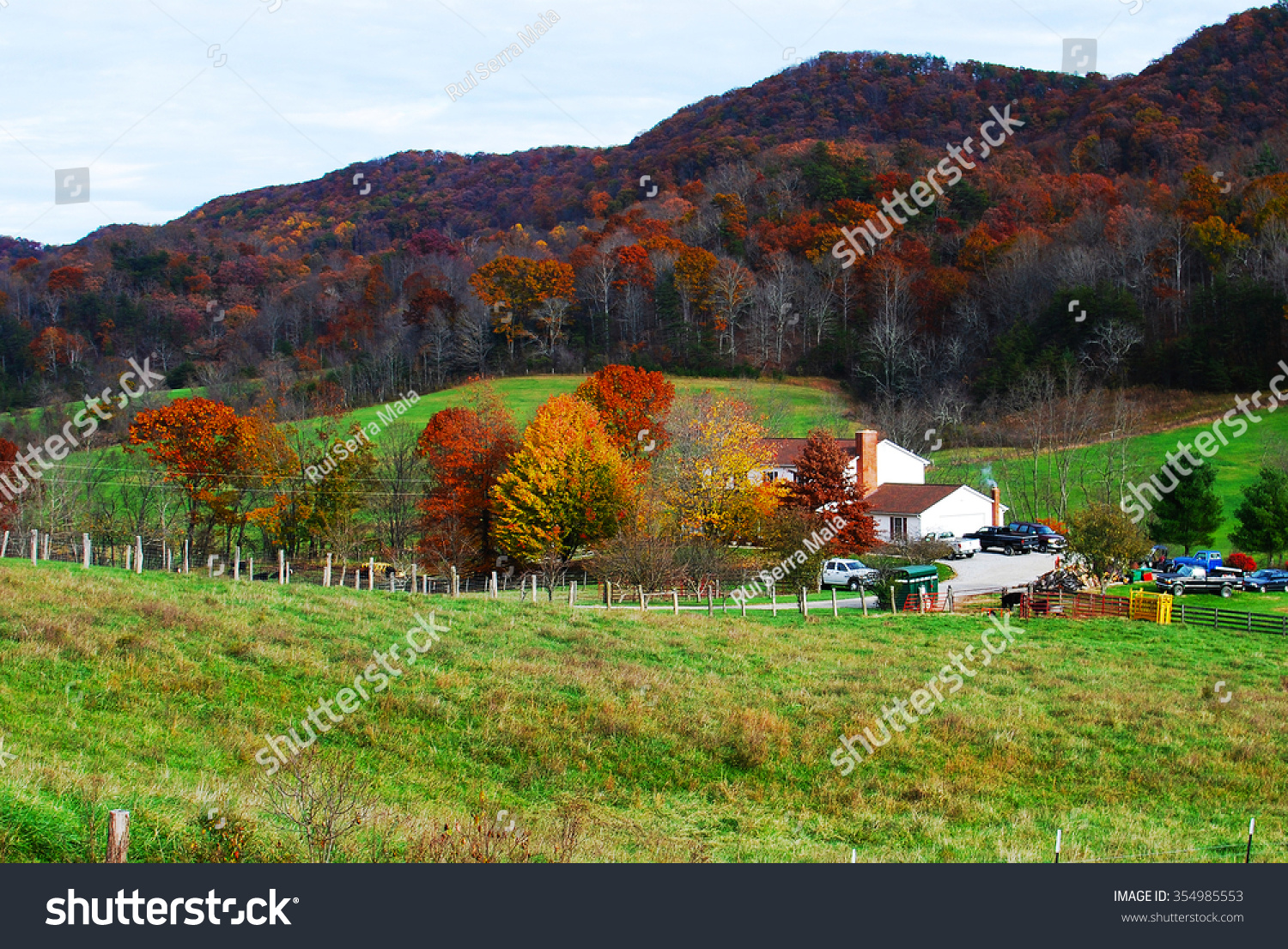 Colorful Fall Trees Catawba Valley Road Stock Photo 354985553 ...