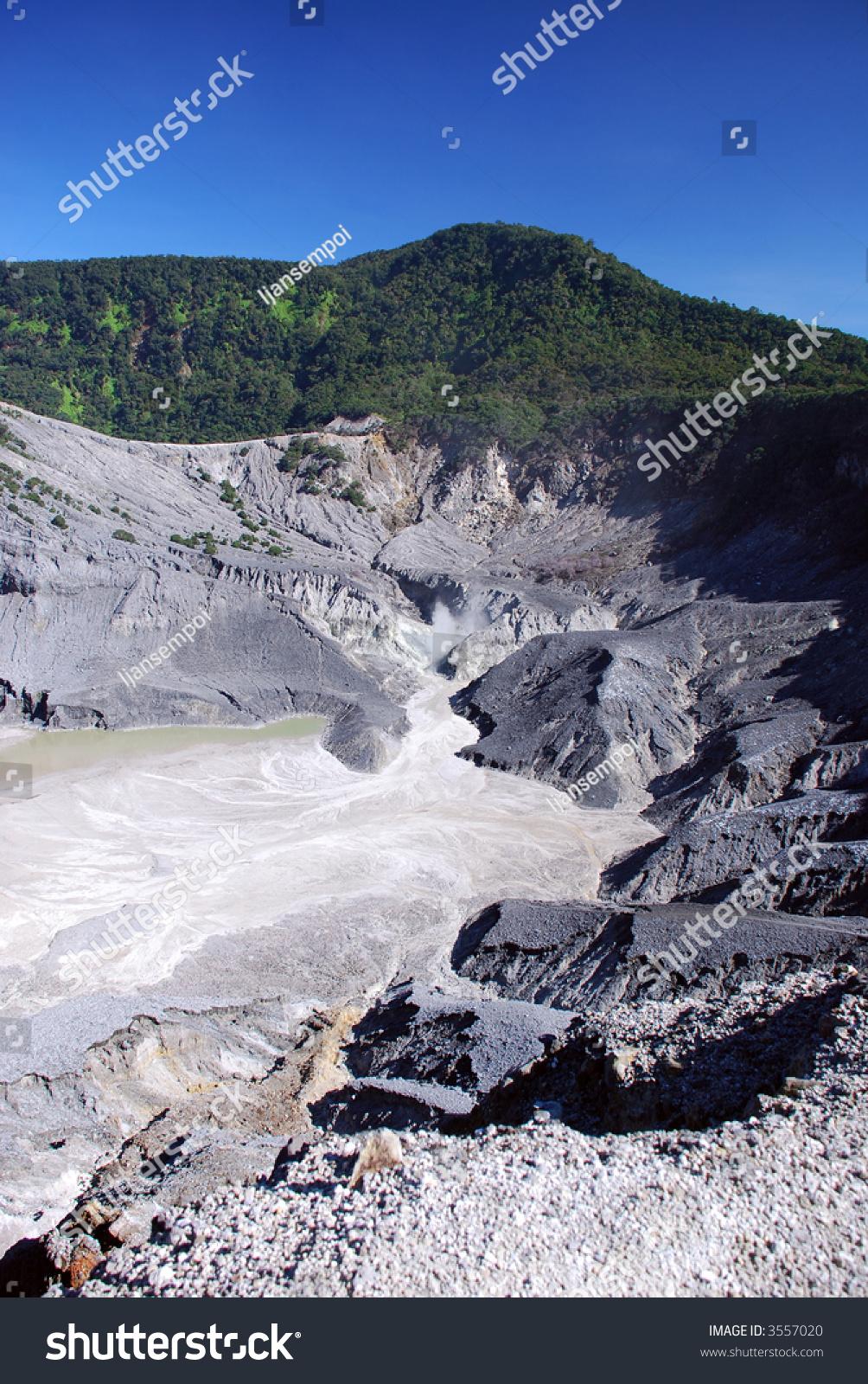 Mt. Tangkuban Perahu - Inactive Volcano In Bandung ...