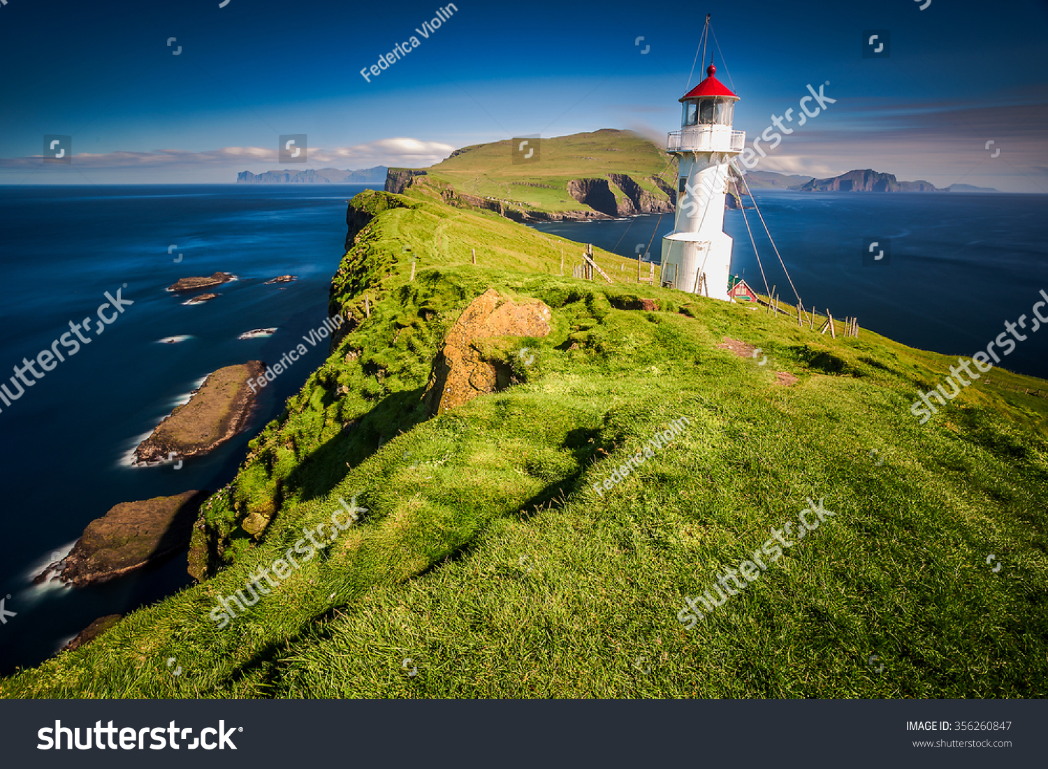Lighthouse Faroe Islands Stock Photo 356260847 - Shutterstock