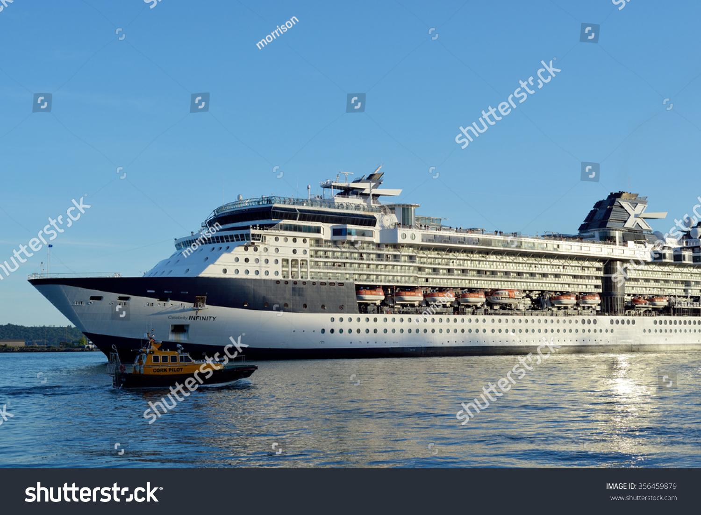 Cobh County Cork Ireland Celebrity Stock Photo - Cruise ship ireland