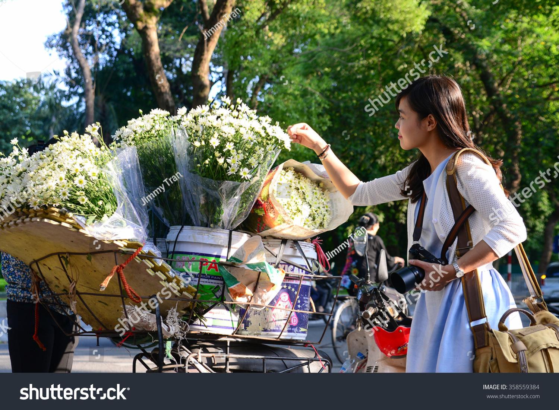 Hanoi Vietnam November 25 Young Girl Stock Photo Edit Now