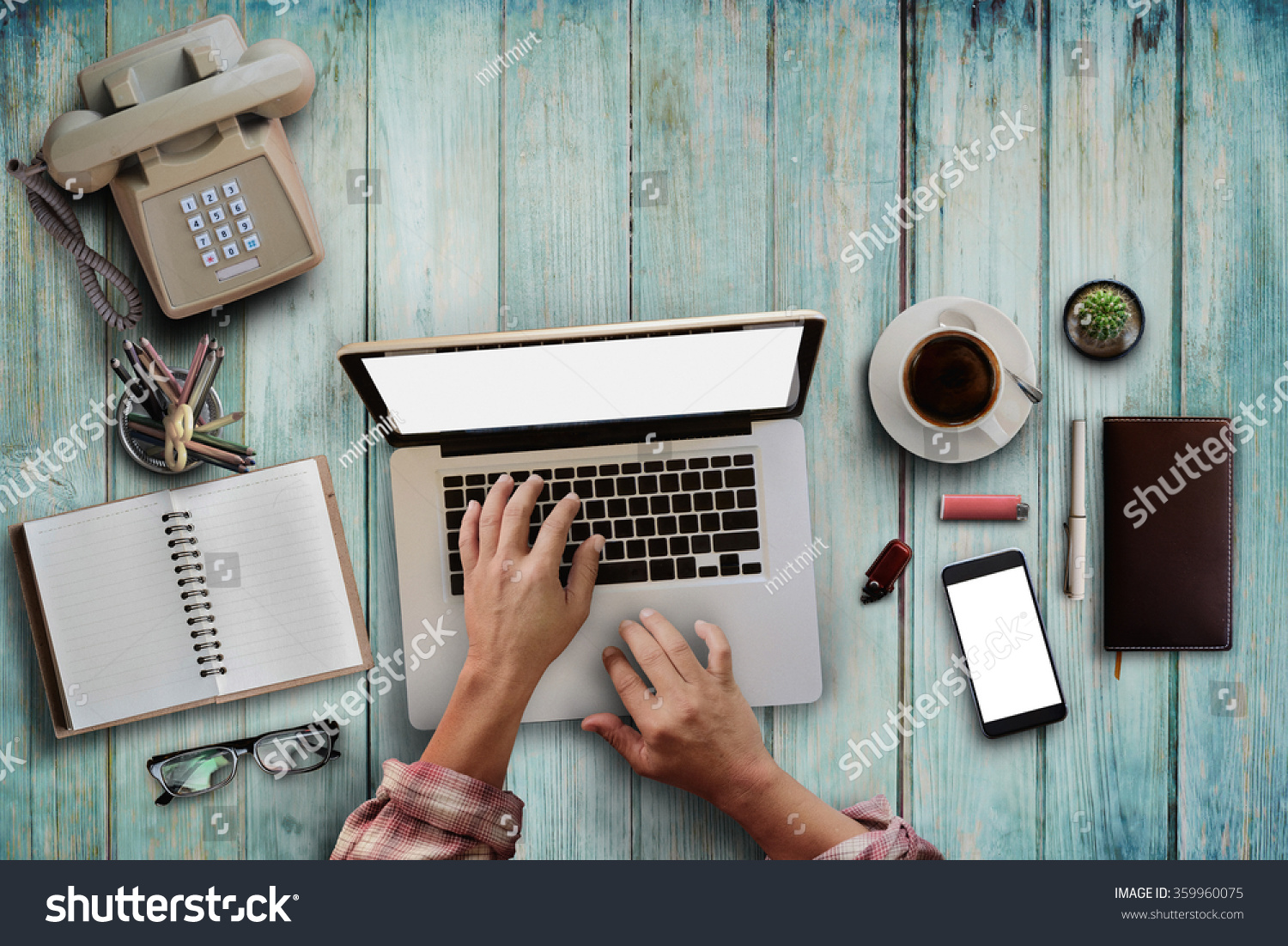 Merveilleux Top View Of Male Hipster Hands Working With Laptop ,office Supplies And  Gadgets On Vintage