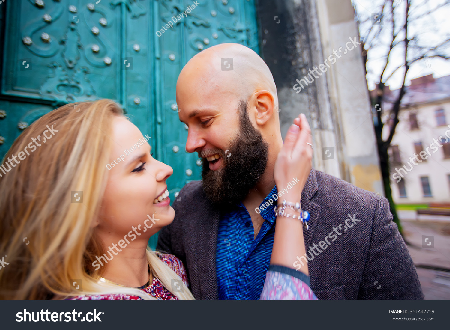Dating a bald guy