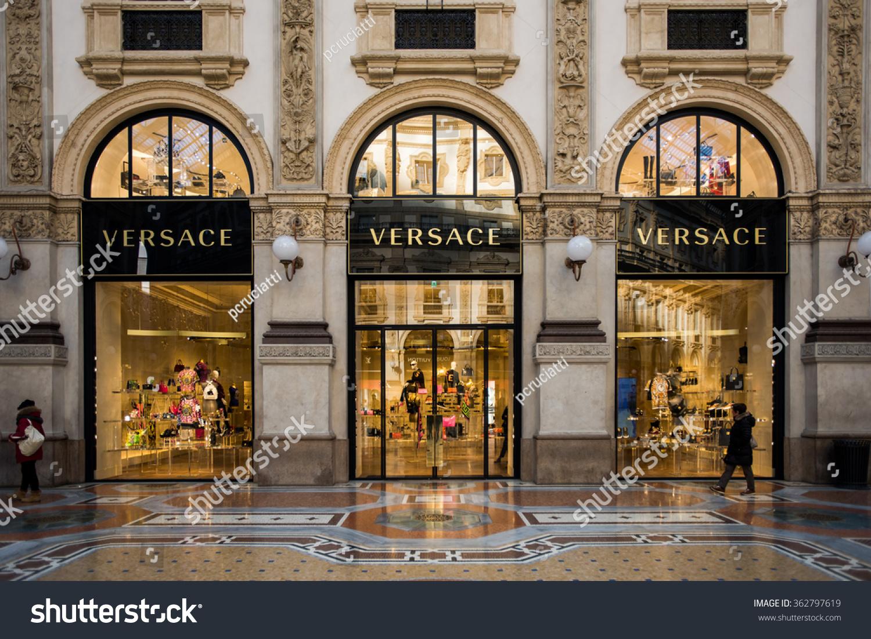 Milan Italy Jan 15 Versace Boutique Stock Photo 362797619 ...
