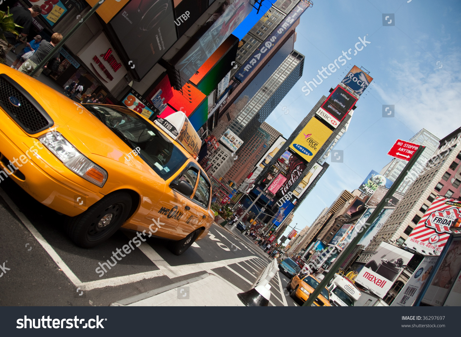 New york august 28 yellow taxi cabs rush tourists for What to do around times square