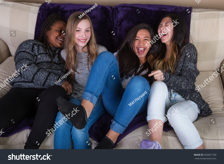 Deutsch Teens Having fun at home - BadTeens&period