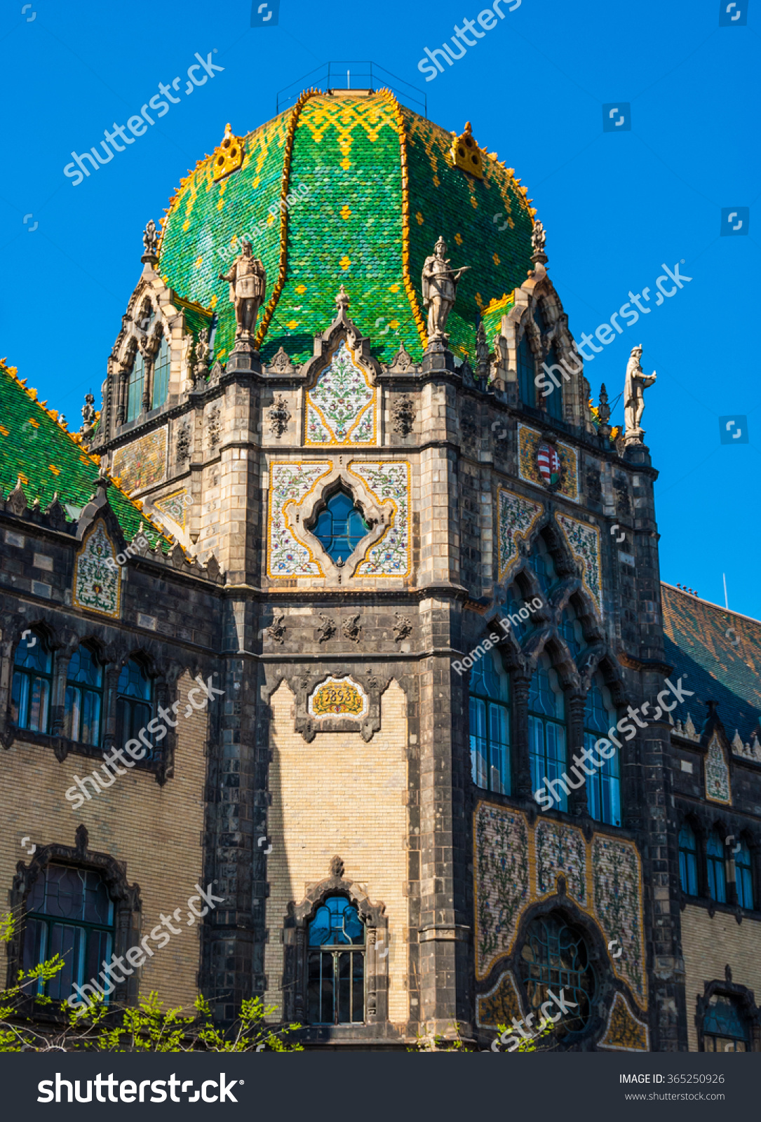 Facade Famous Museum Applied Arts Budapest Stock Photo Edit Now 365250926