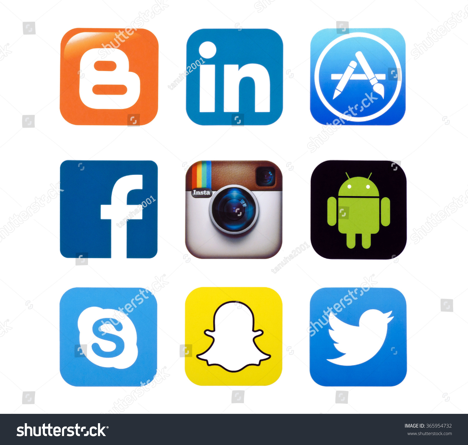 Kiev, Ukraine - September 22, 2015: Set Of Most Popular Social Media Icons: Twitter,Linkedin ...
