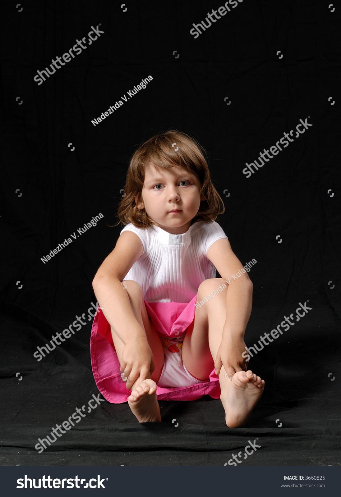 spread legs Young girl upskirt