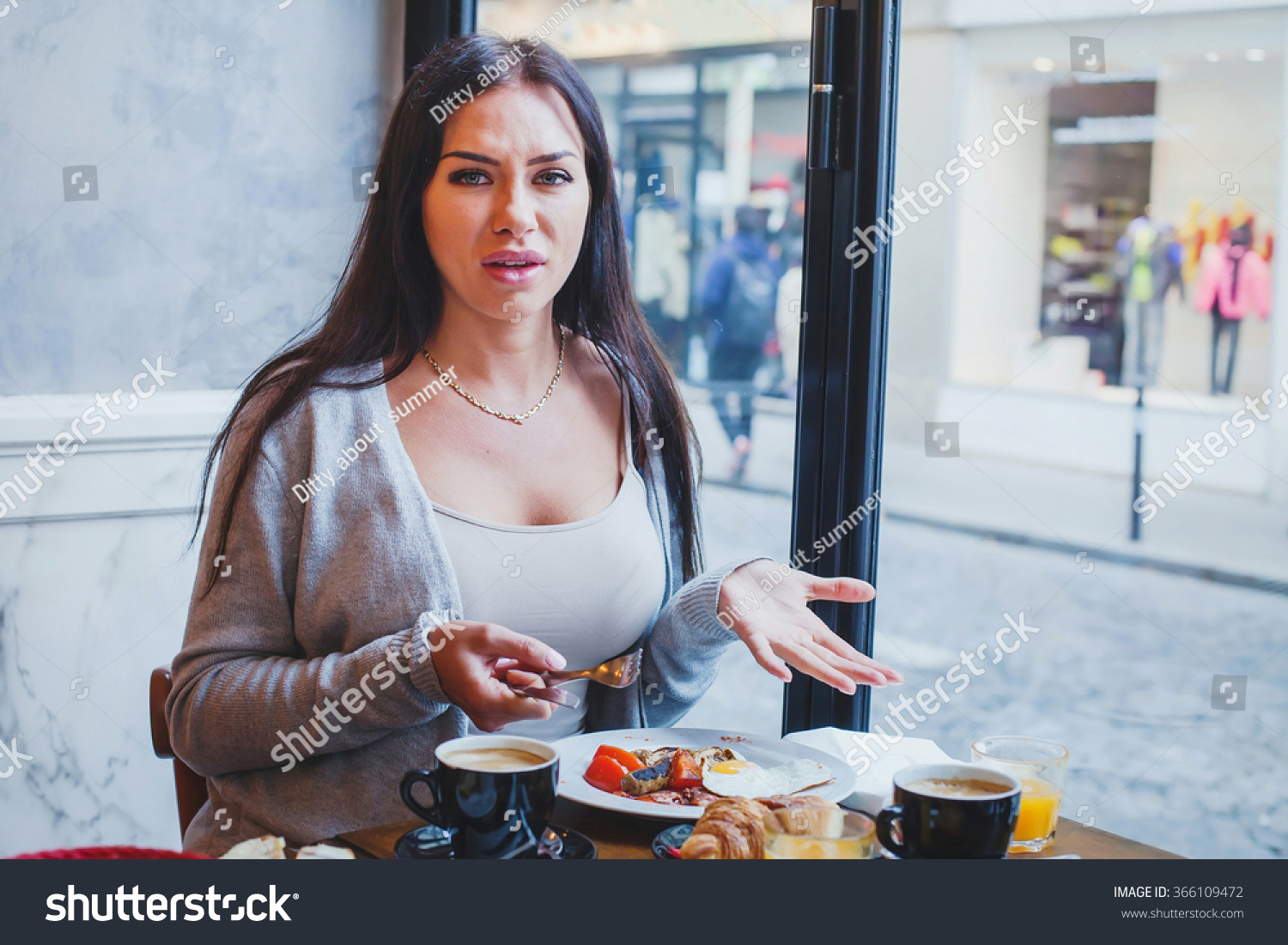 unhappy customer restaurant angry woman complaining stock photo 366109472 shutterstock. Black Bedroom Furniture Sets. Home Design Ideas