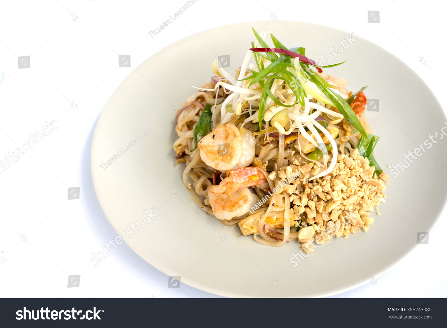 ... Food, Stir-Fried Rice Noodles with Egg, Vegetables and King Prawn