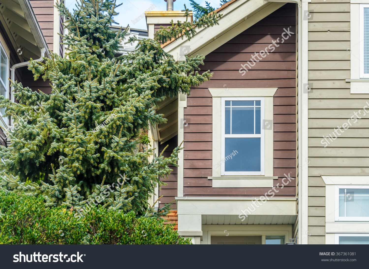 top house apartment building nice window stock photo 367361081 shutterstock. Black Bedroom Furniture Sets. Home Design Ideas