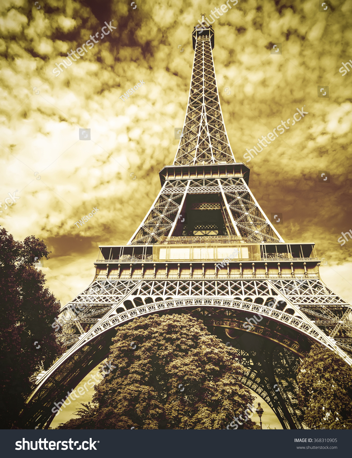 Dorable Light Up Eiffel Tower Wall Decoration Composition - Wall ...