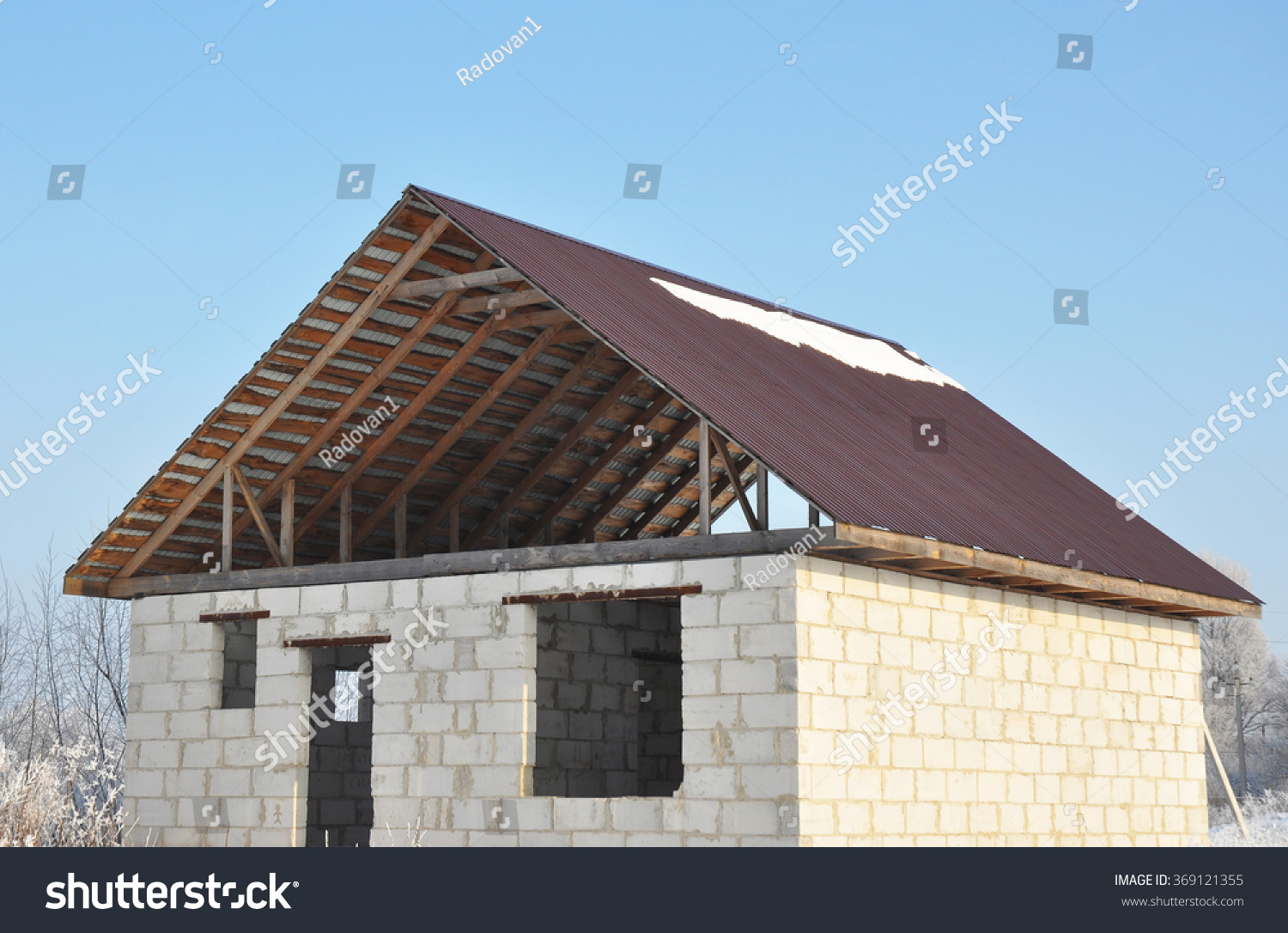 Roofing Construction Building New House Autoclaved Stock