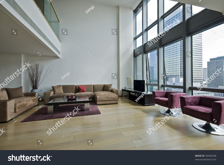 moderne Duplex-Penthouse-Wohnung mit Zwischengeschoss und ...