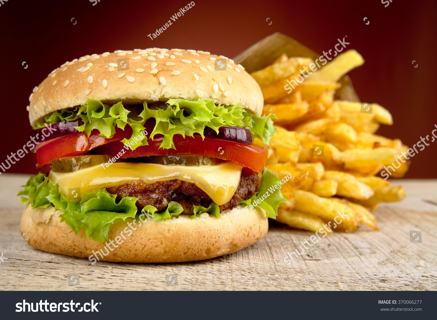 big cheeseburger french fries bag paper stock photo 370066277 shutterstock. Black Bedroom Furniture Sets. Home Design Ideas