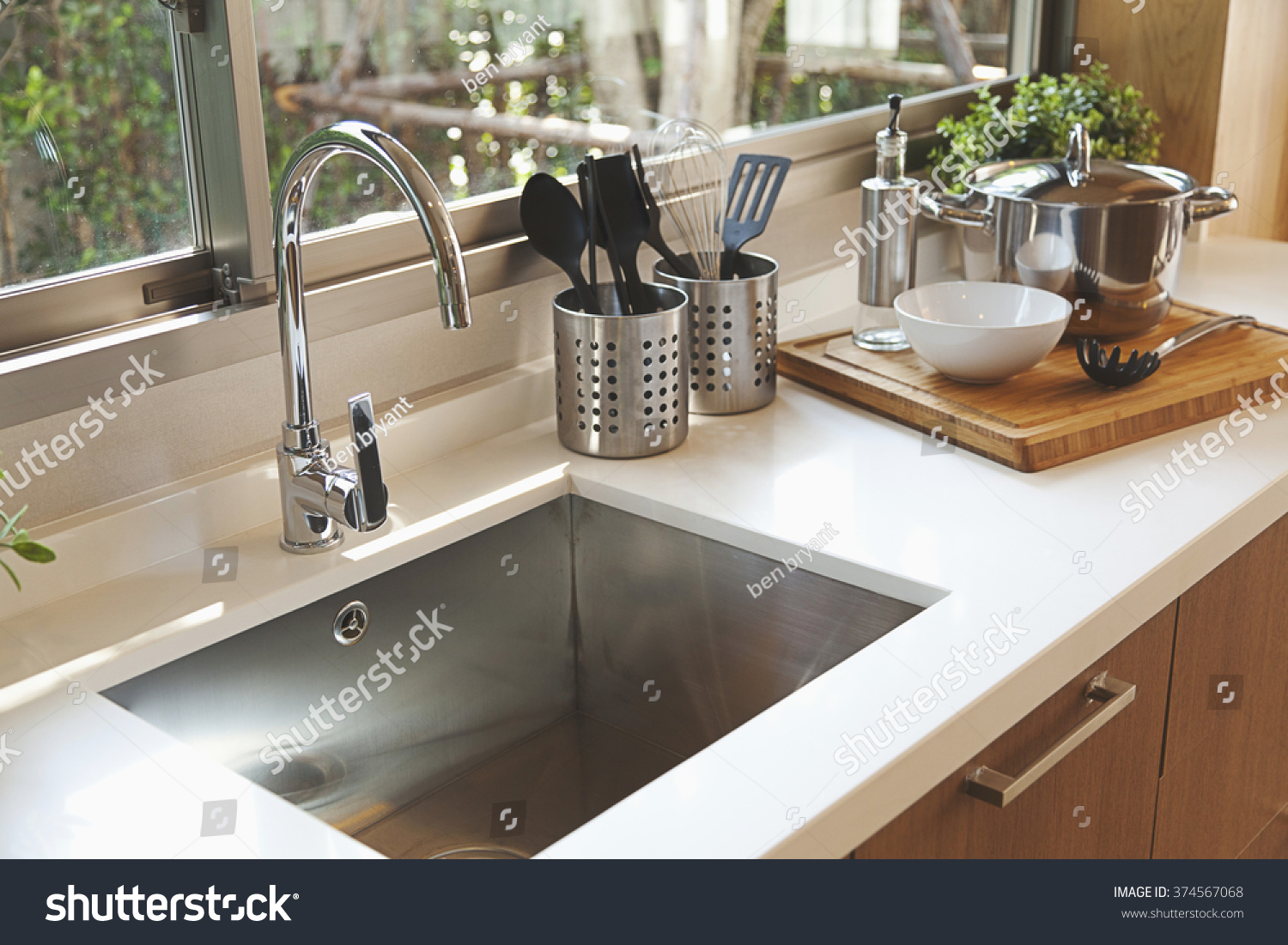 kraus chrome faucet pull and kpf out kitchen lever fixtures amazon faucets single bathroom canada sinks dp