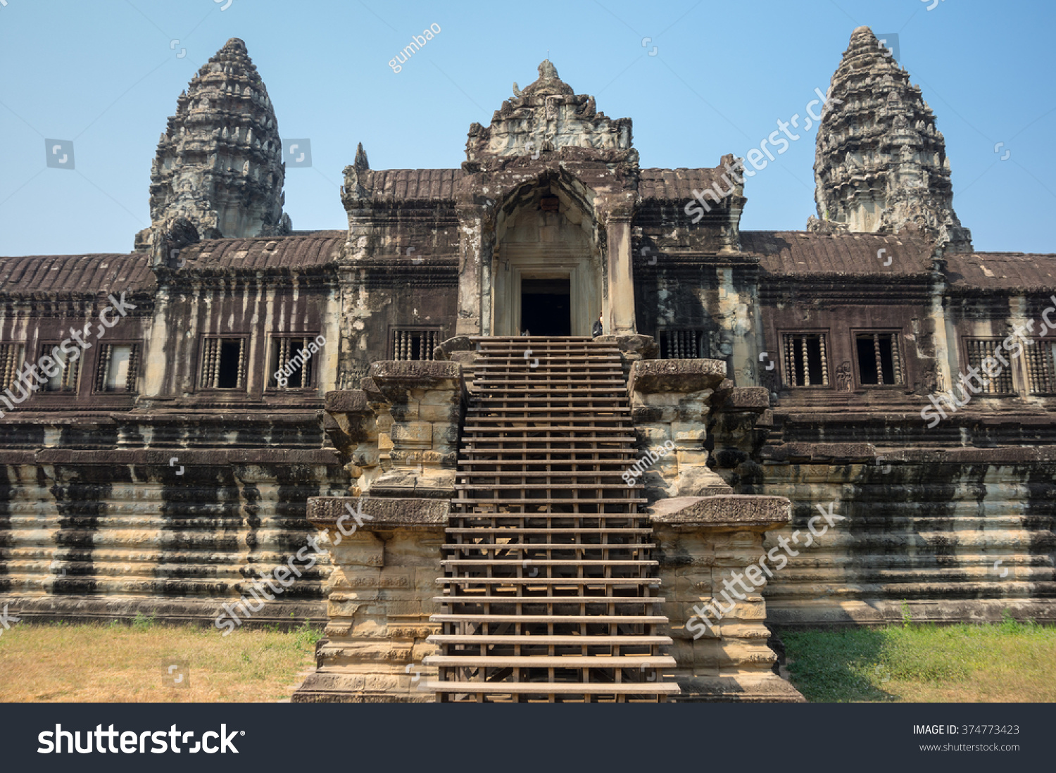 What is wat Angkor Wat is a masterpiece of Asian culture