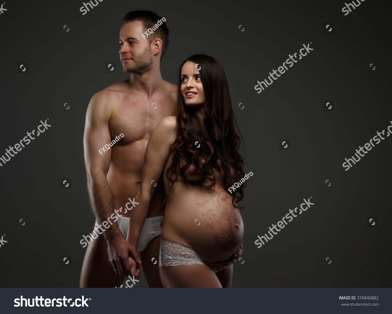 pregnant in posing women toples