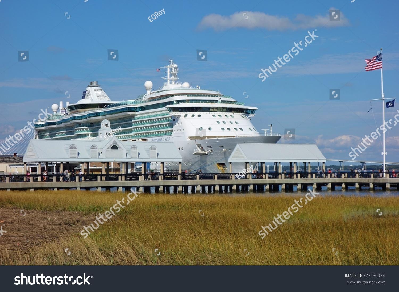 Charleston Sc October Cruise Stock Photo - Charleston sc cruise ships