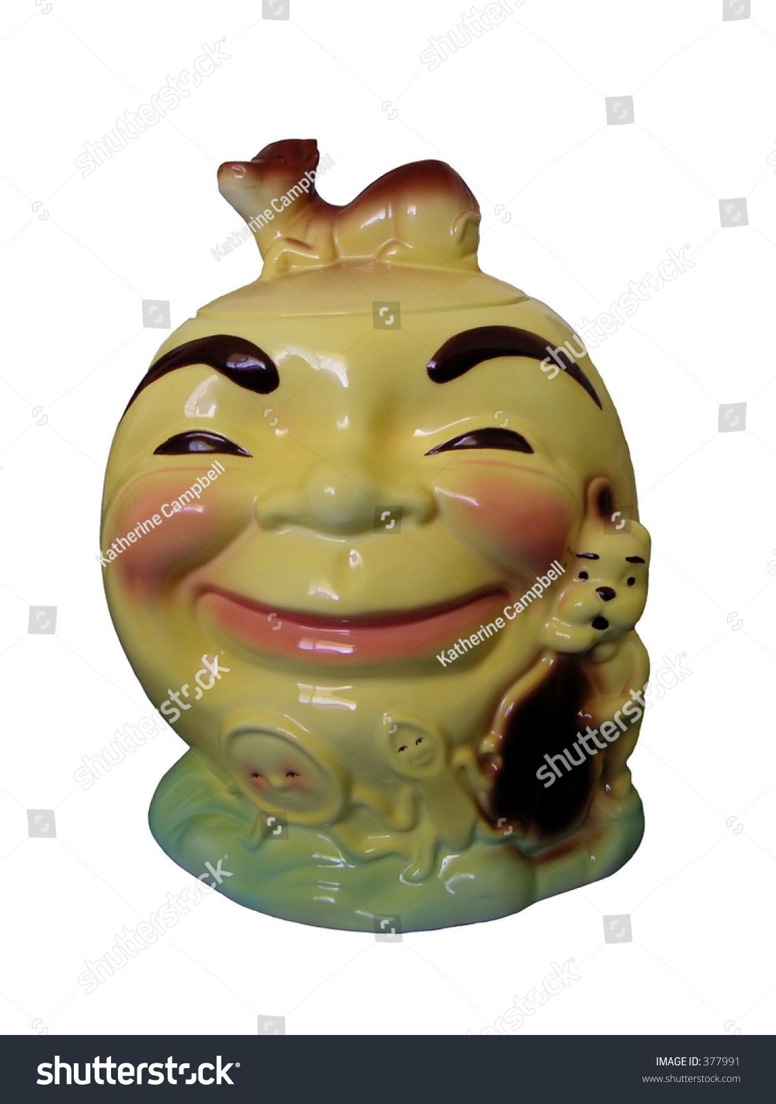 vintage cookie jar depicting