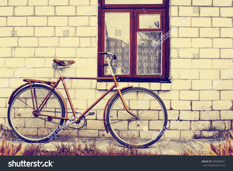 Retro Bicycle Brick Wall Vintage Bike Stock Photo (Download Now ...