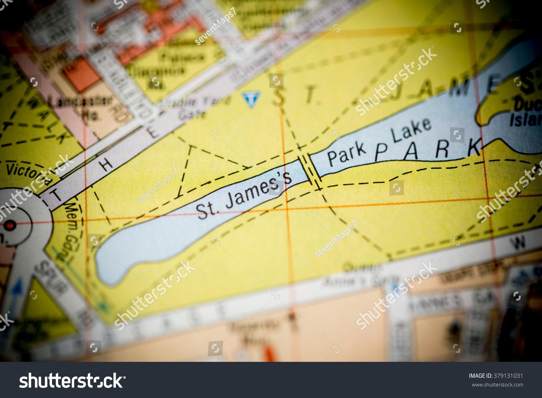 St Jamess Park Lake London Uk Stock Photo 379131031 Shutterstock
