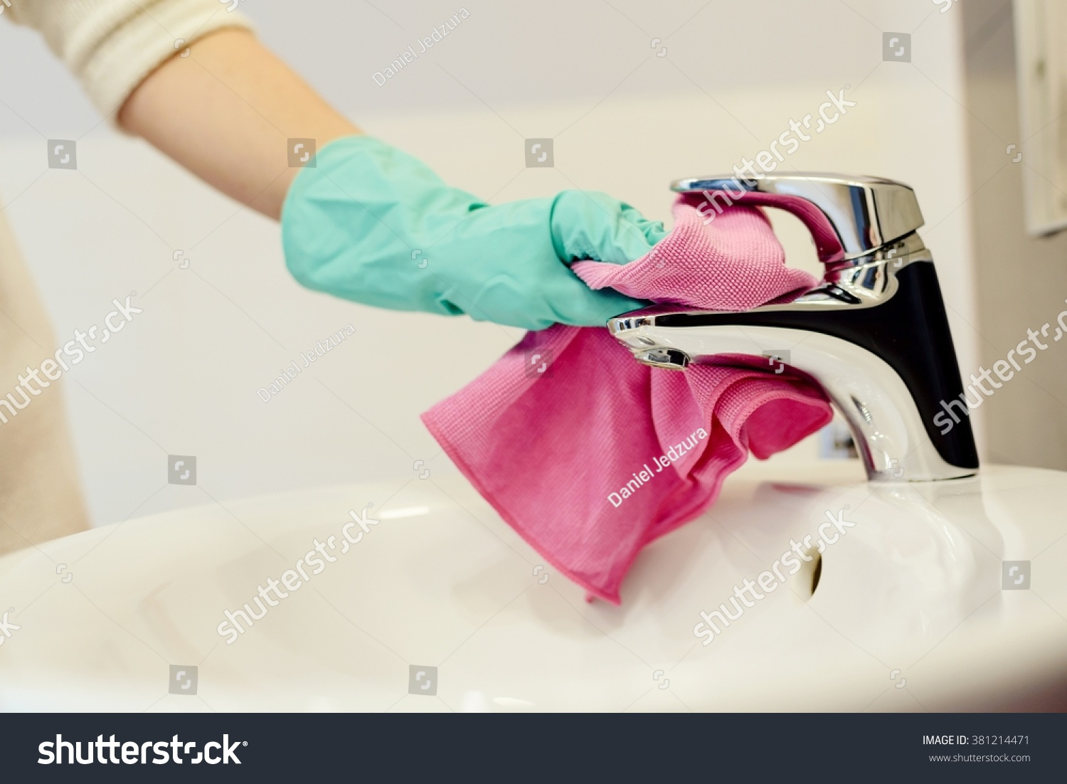 how to clean cloth gloves
