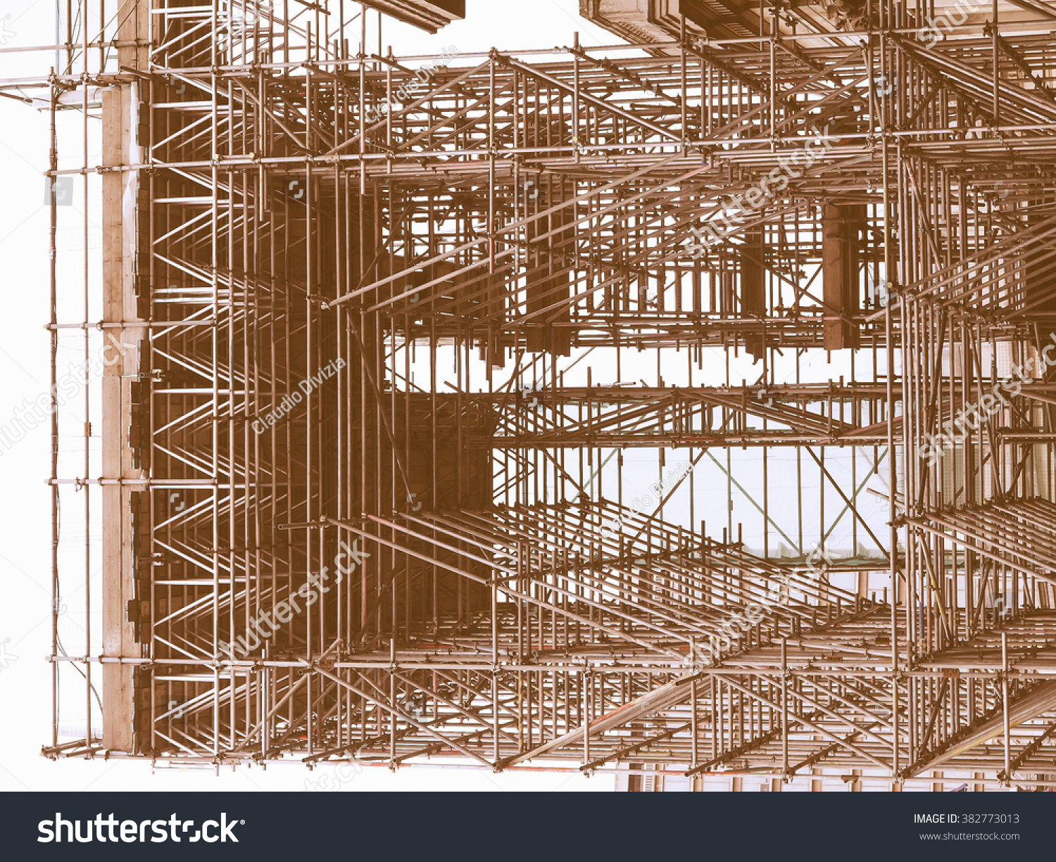 Metal products in construction works from the company SZTK Metallobaza 4 75