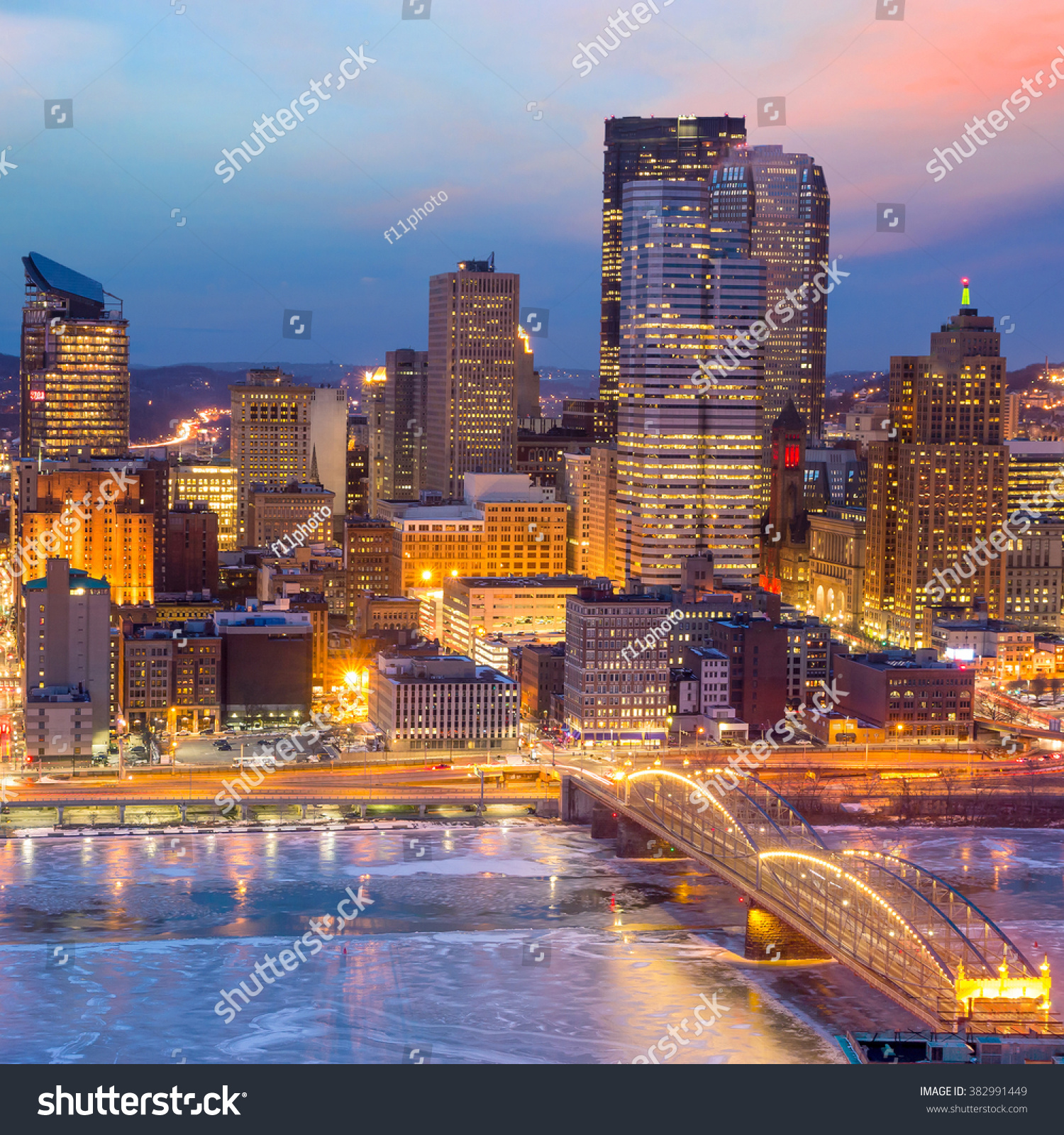 Pittsburgh Skyline: Skyline Downtown Pittsburgh Twilight Stock Photo 382991449