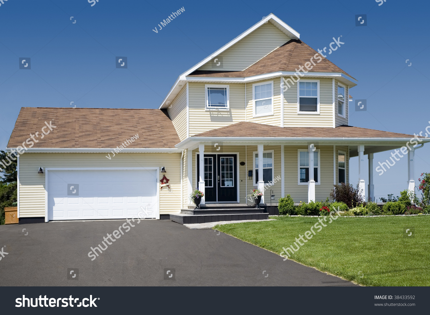 A large family home in the suburbs stock photo 38433592 for Large family home