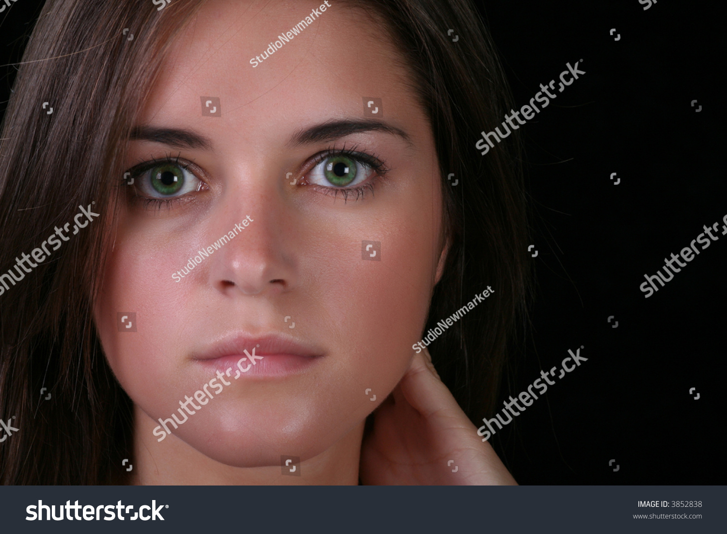 woman face head brunette model female woman twenties thrities ...