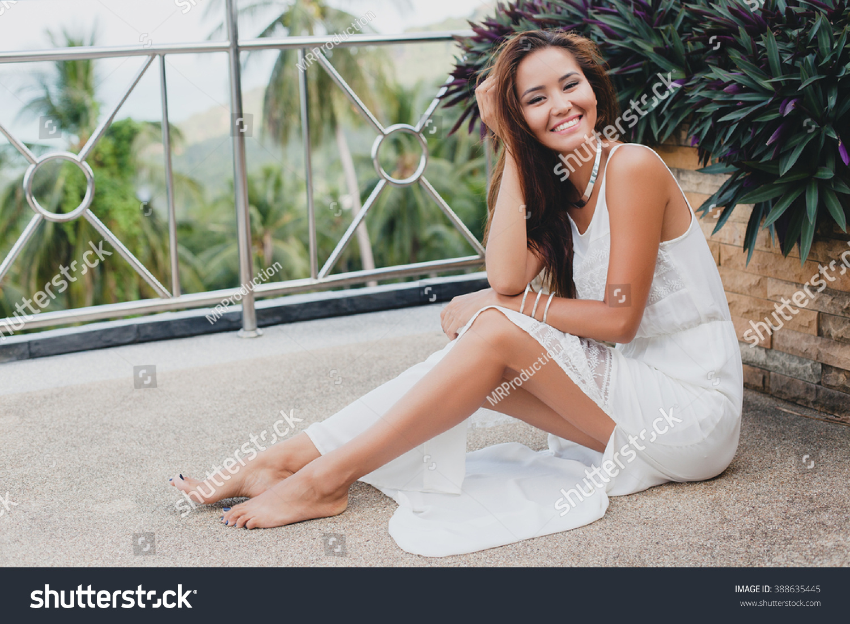 Natural Asian Female Teen 79