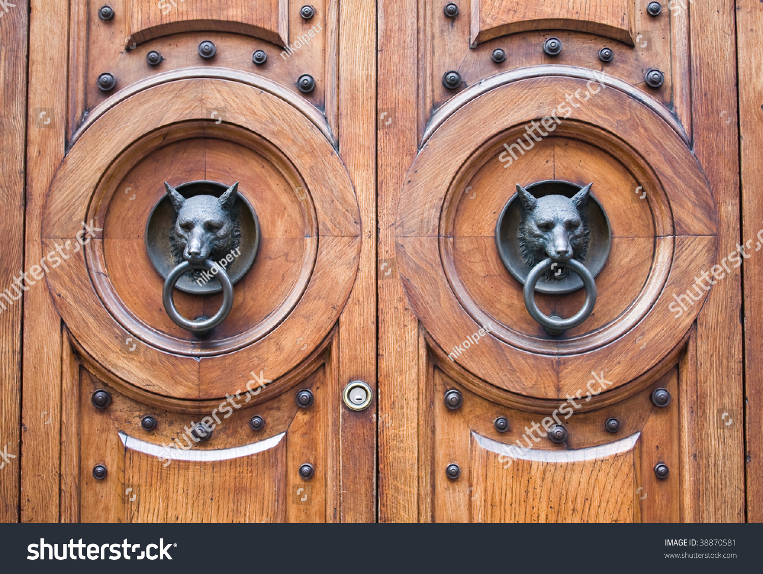 Wolf Door Wolves At The Door