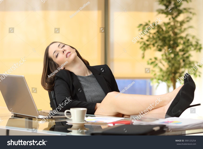 lazy female manager - photo #9