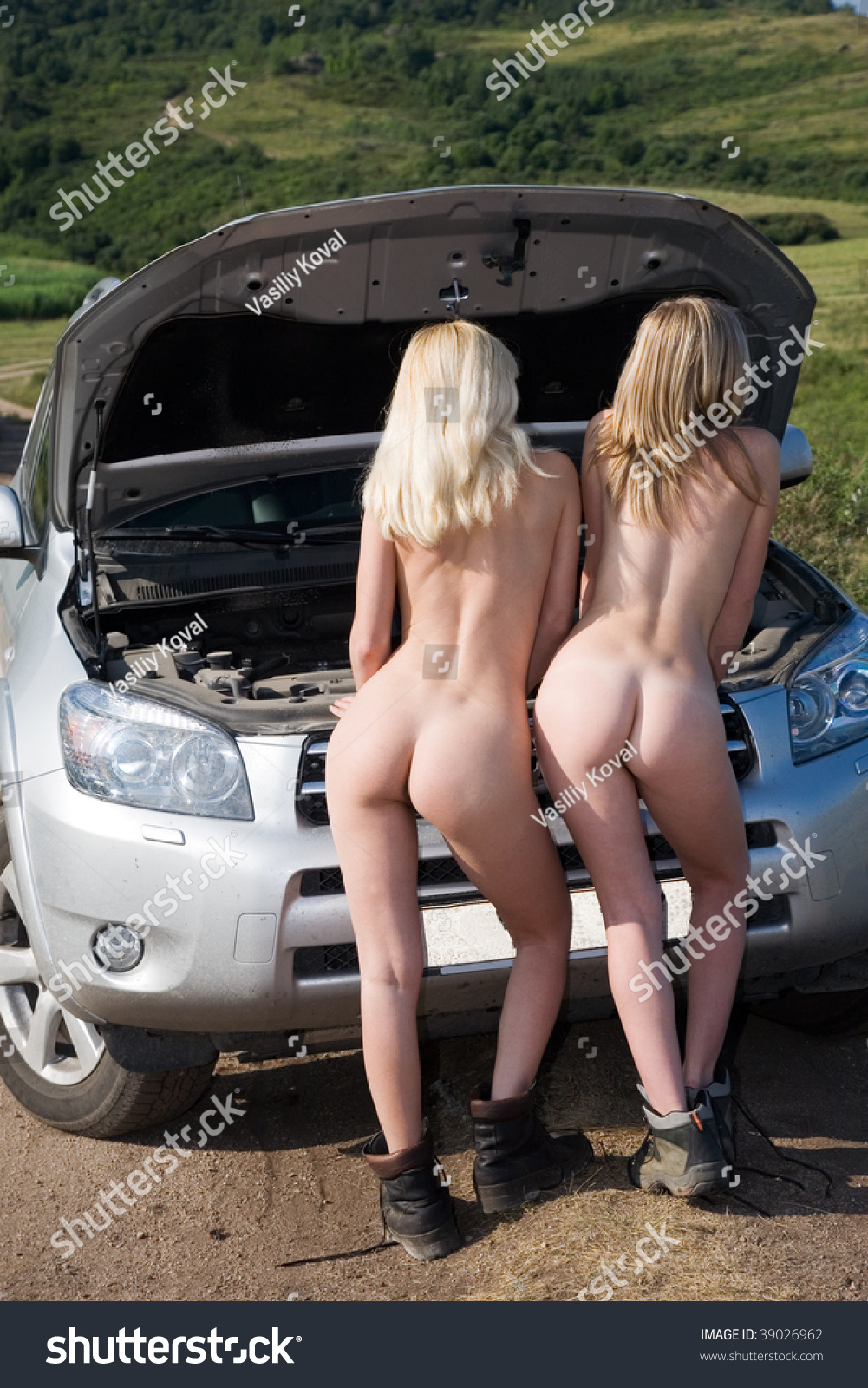 Two Young Nude Girls Broken Car Stock Photo 39026962 -1296