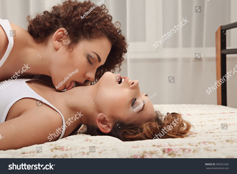 Lesbian 3dfisting nudes image