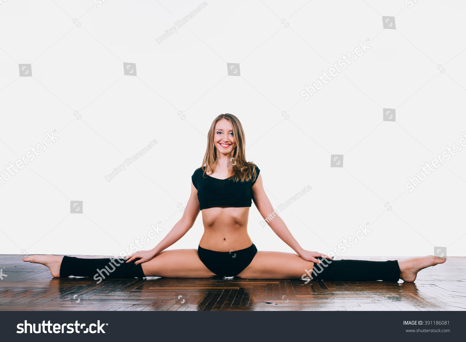 Exercise for stretching muscles. How to sit on a twine for a week