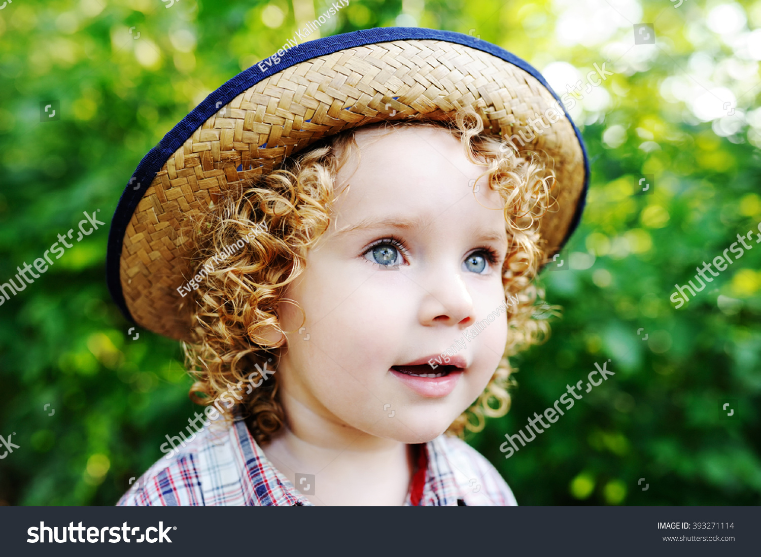 c69e28c6f Stockfoto 393271114 med Portrait Curly Redhaired Baby Hat Cute ...