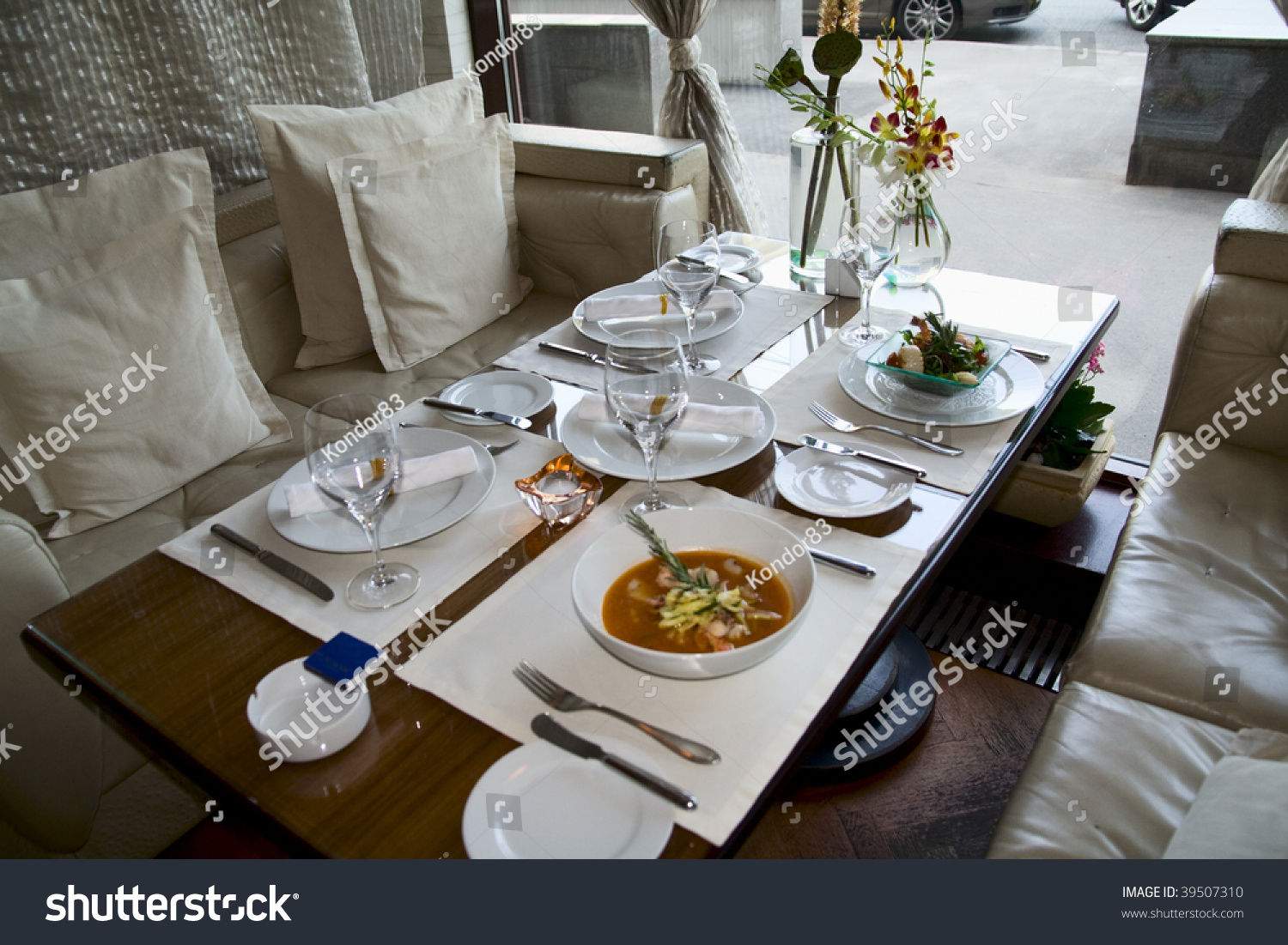 table arrangement expensive haute cuisine restaurant stock photo 39507310 shutterstock. Black Bedroom Furniture Sets. Home Design Ideas