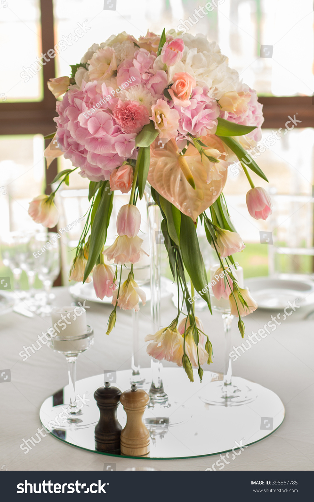 Wedding Table Decoration Table Set For A Wedding Dinner Beautiful